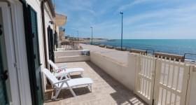Casa Vacanze Tacito Appartamento Con Vista Mare Donnalucata